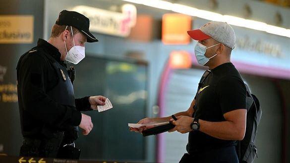 Madrid vuelve a pedir al Gobierno la suspensión de vuelos de Brasil tras 4 casos positivos
