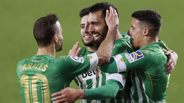 Borja Iglesias sigue en racha y acerca al Betis a Europa | 1-0