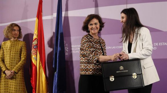 Montero e Iglesias replican a Calvo sobre la ley trans y se dilata la brecha
