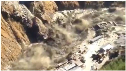 Al menos 29 muertos en una impresionante avalancha de agua en la India
