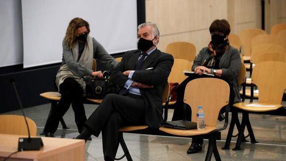 Bárcenas insinúa que el PP le ofreció medio millón por zanjar el asunto de la caja B