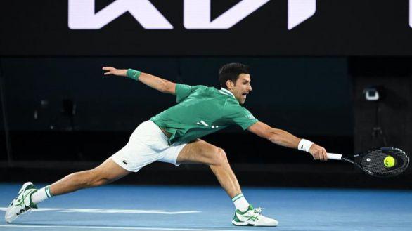 Abierto de Australia. Djokovic y Serena Williams empiezan fuerte