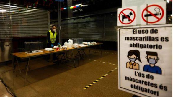 Las mesas electorales podrán constituirse con suplentes de otras, pero no con voluntarios