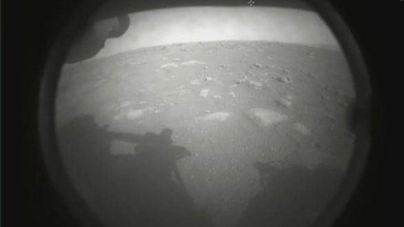 El rover Perseverance aterriza con éxito en Marte para buscar vida extraterrestre