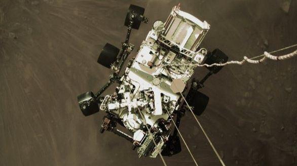 El Perseverance toma las primeras imágenes en color de Marte