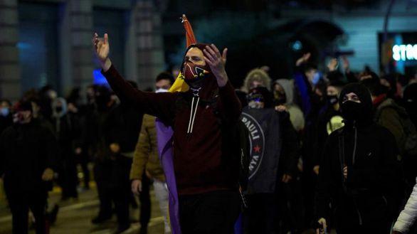Un tercio de los 75 detenidos en los disturbios en Barcelona son menores