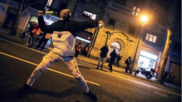 Escasos incidentes y poca participación en el octavo día de protestas en Barcelona