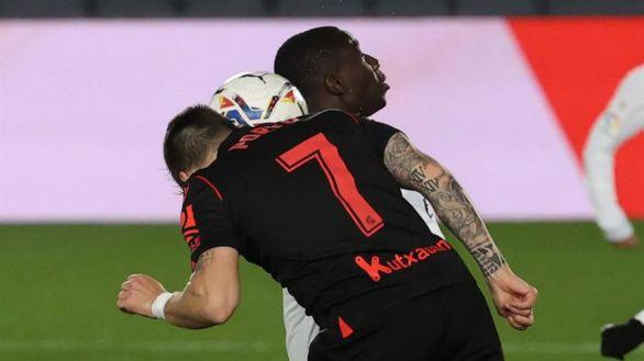 Vinicius salva a Zidane ante una Real Sociedad astuta | 1-1