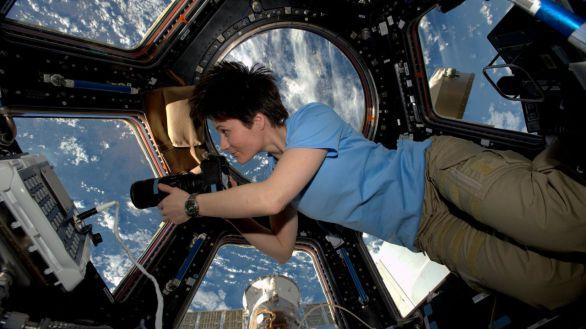 La astronauta italiana Samantha Cristoforetti vuelve al espacio