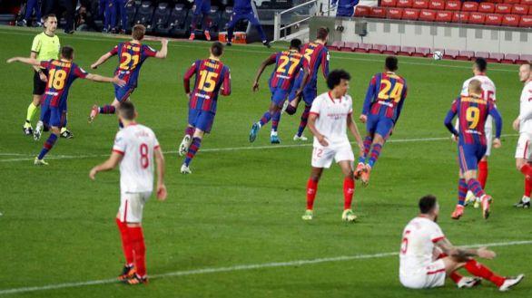 Copa del Rey. El mejor Barcelona abrasa al Sevilla y el VAR le envía a la final   3-0
