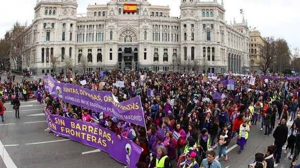 El Gobierno sólo prohíbe las marchas del 8M en Madrid y las asociaciones recurren