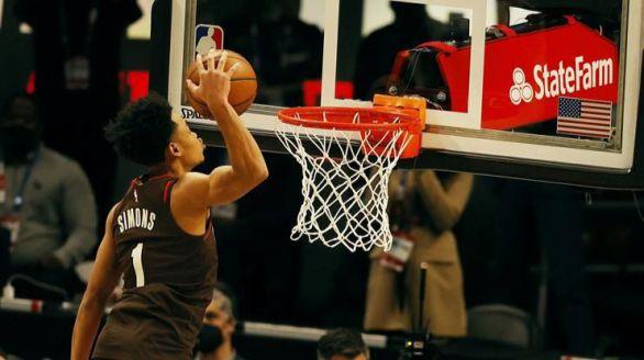 NBA. Steph Curry, Simons, Sabonis y Antetokounmpo reinan en el All Star más alocado