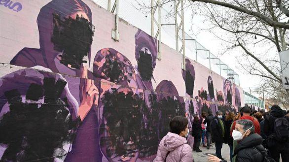 Almeida repondrá el mural de Ciudad Lineal vandalizado con pintura negra