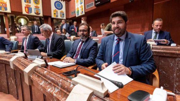 Moción de censura de PSOE y Cs para arrebatar el poder al PP en Murcia