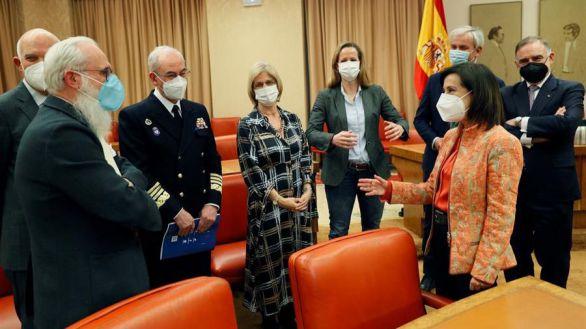 El exJEMAD se vacunó con una orden que desconocía Robles y sin competencias para hacerlo