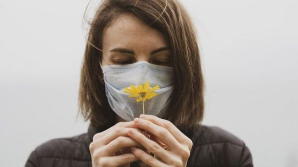 La pérdida de olfato anticipa un buen pronóstico para pacientes con COVID