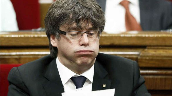 El TC rechaza suspender la orden nacional de detención contra Puigdemont
