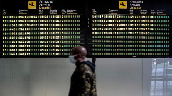 La UE presenta el pasaporte de vacunación para reactivar el turismo en verano