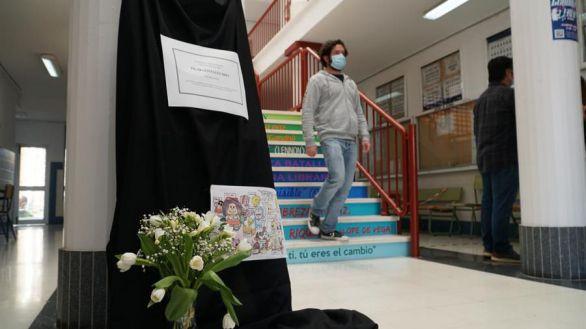 El juez autoriza la autopsia a la profesora fallecida tras vacunarse con AstraZeneca