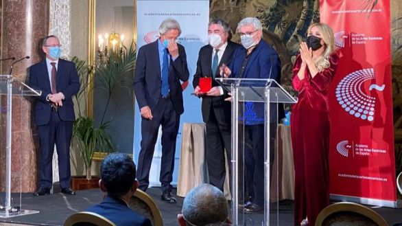 El dúo Martes y Trece, reunidos en los Premios de las Artes Escénicas