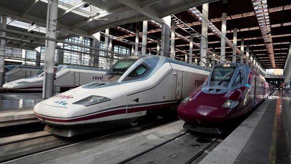 Renfe estrena Avlo, su tren low cost con viajes entre Madrid y Barcelona desde 7 euros