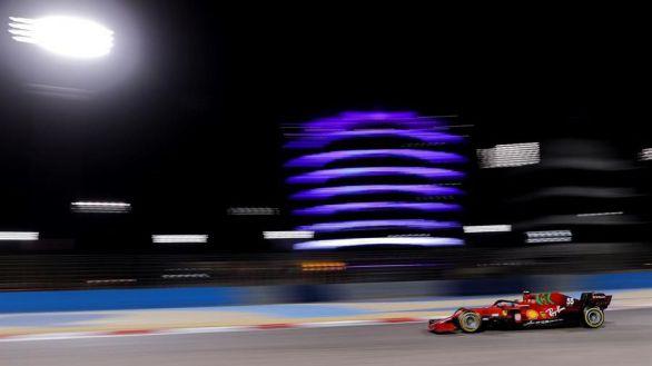 GP Baréin. Carlos Sainz ilusiona: abre fuego con el cuarto mejor tiempo