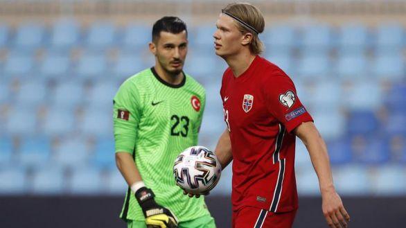 Clasificatorio Catar 2022. Turquía abruma y pinchan Portugal y Bélgica