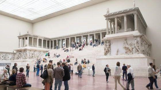 La reapertura del Altar de Pérgamo se retrasa: no podrá visitarse hasta al menos 2025