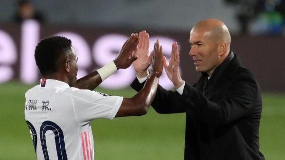 La frase de Zidane tras la exhibición ante el Liverpool que inquieta al madridismo
