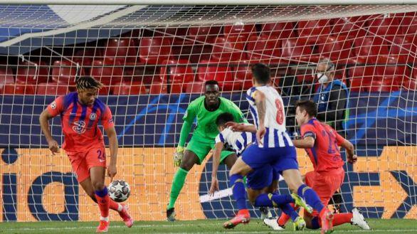 El Chelsea golpea al Oporto   0-2