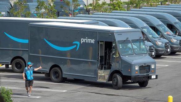 Trabajadores de Amazon rechazan crear su primer sindicato en EEUU