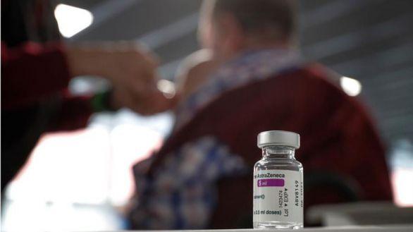 Baja el porcentaje de rechazo a la vacuna de AstraZeneca en la Comunidad de Madrid