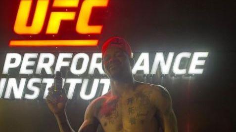 UFC. Kevin Holland: auge y caída de un bocazas espectacular