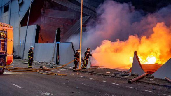 Controlado el incendio de Seseña tras arder cuatro naves industriales