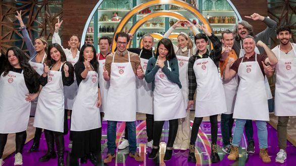 Foto grupal de los 15 aspirantes de esta edición de 'MasterChef'.