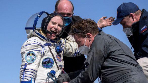 Tres astronautas de la Estación Espacial vuelven a casa tras seis meses en órbita