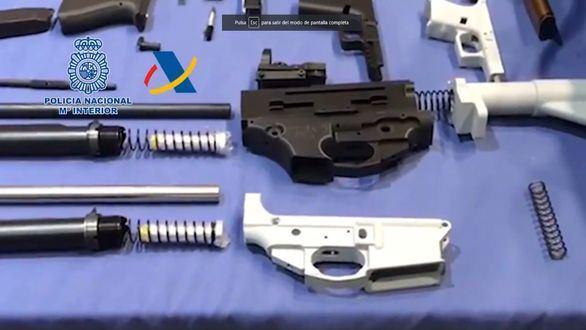 Desmantelado el primer taller ilegal de impresión 3D de armas en España