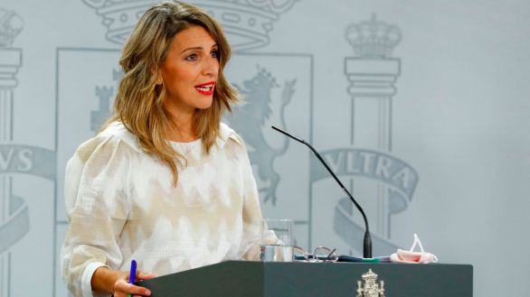Díaz presiona a los empresarios al sugerir que Bruselas está de acuerdo con su reforma laboral