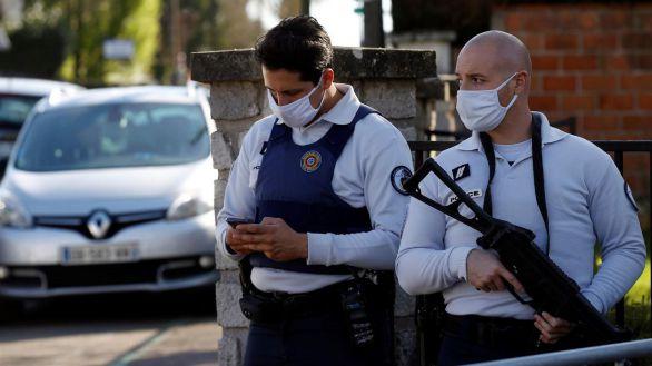 Una policía francesa, apuñalada mortalmente en un nuevo ataque yihadista