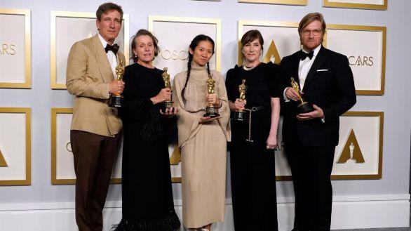 Nomadland, Anthony Hopkins y Frances McDormand triunfan en unos Óscar atípicos