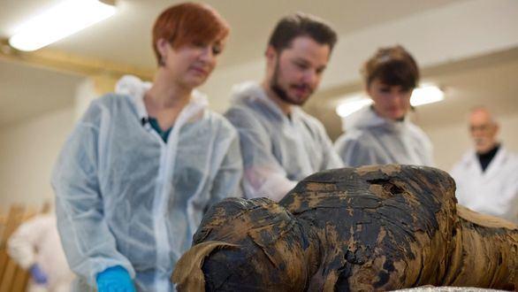 Hallada la primera momia egipcia embarazada