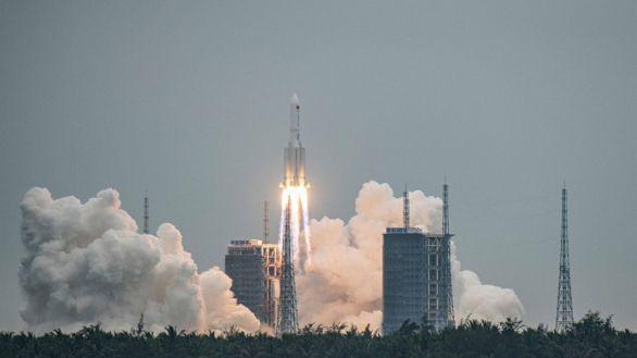 Los restos del cohete chino se desintegran en la atmósfera y caen en el Índico