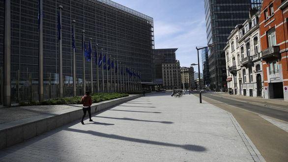 La mascarilla deja de ser obligatoria en Bruselas al aire libre