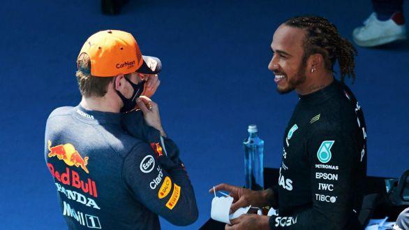GP de España. Hamilton gana el cara a cara con Verstappen y Sainz vuelve a brillar