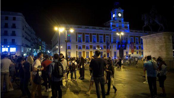 La delegada del Gobierno en Madrid pide a Ayuso el toque de queda y López solicita apoyo policial