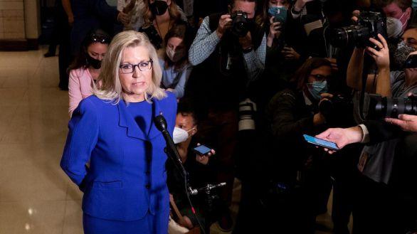 La líder republicana en la Cámara de Representantes, cesada por su oposición a Trump
