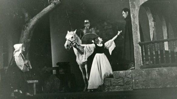 Escena de Don Quijote (Mijaíl Bulgákov, 1941). Museo del Teatro de Moscú.