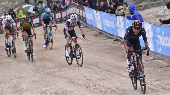 Giro. Bernal se luce en Campo Felice con triunfo y liderato