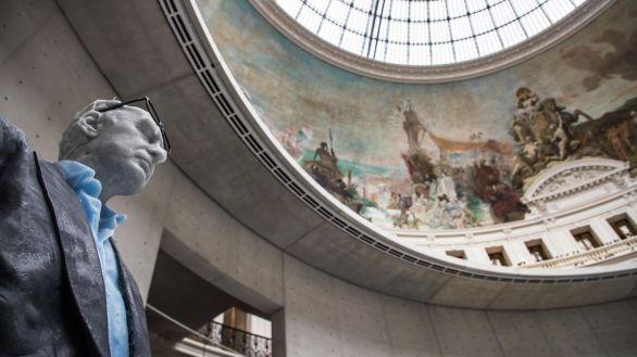 El magnate de la moda François Pinault muestra su colección de arte contemporáneo en París
