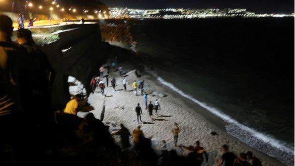 Fallece un hombre ahogado al intentar entrar a nado en Ceuta